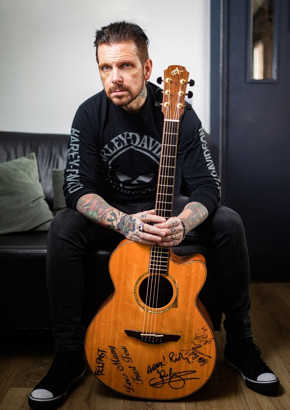 "INTERVIEW: RICKY WARWICK on new BLACK STAR RIDERS album - ""We wanted to shake things up a bit"" 2"