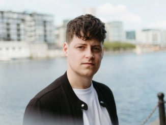"""I'm a bit of a perfectionist"" - Jaxson talks songwriting, festivals & production wizards ahead of first Belfast show. 1"