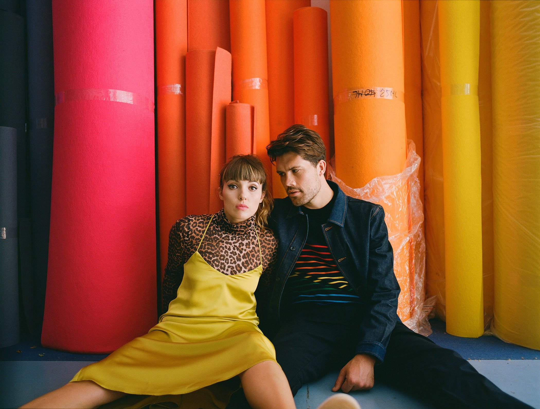 OH WONDER shares their brand new single 'Happy' - Listen Now