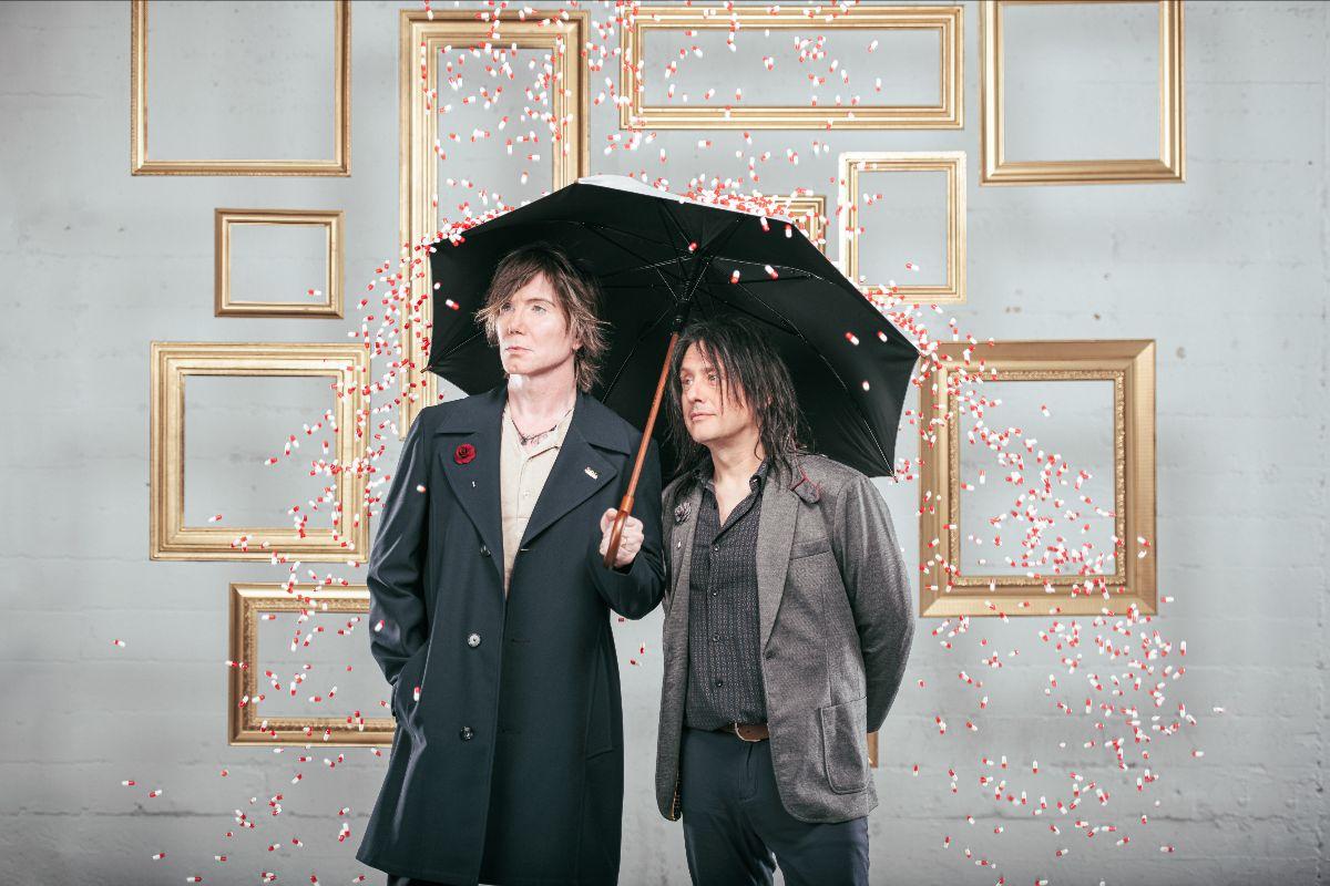 GOO GOO DOLLS release new live concert video for 'Autumn Leaves'