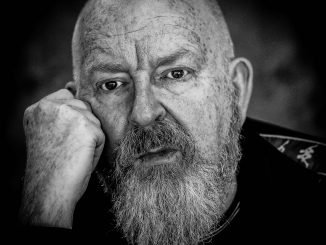Join ALAN McGEE Co-founder of Creation Records & who discovered OASIS live in conversation