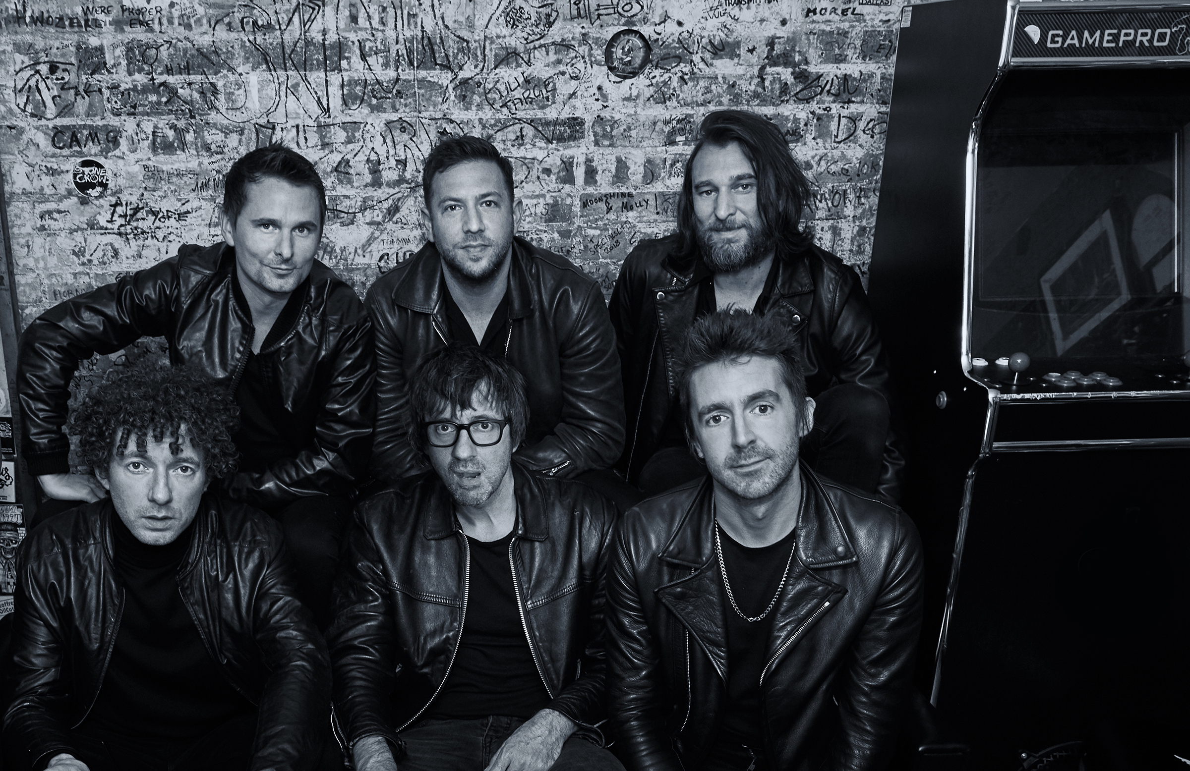 THE JADED HEARTS CLUB release debut track 'Nobody But Me' with Miles Kane on vocals