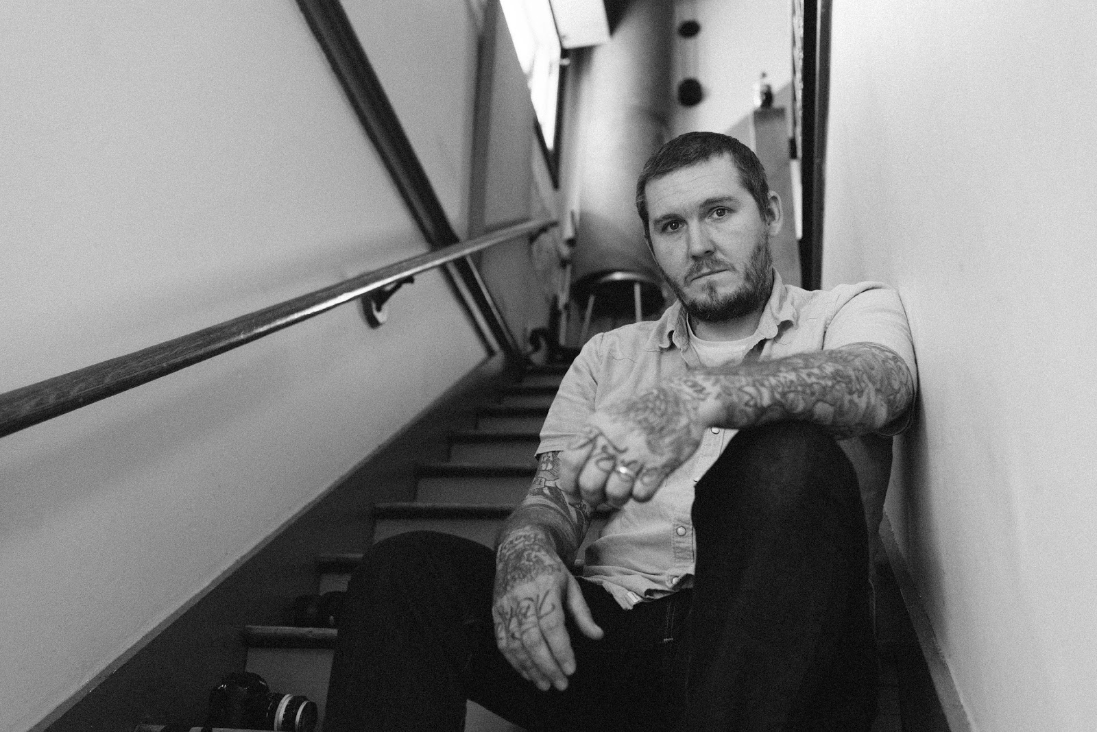 BRIAN FALLON releases stirring new single 'Horses' - Listen Now