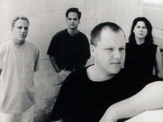 PIXIES announce 'Bossanova' 30th anniversary limited edition LP Pixies