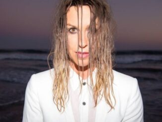 ALANIS MORISSETTE releases new single - Listen to 'Reckoning' Now!