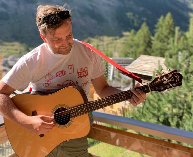 Starsailor frontman JAMES WALSH announces 'The Places Where Our Love Begun' EP 1