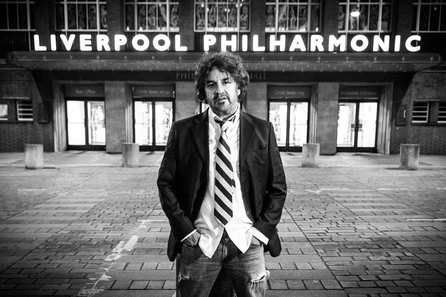 The famous IAN PROWSE & AMSTERDAM Christmas show is given green light