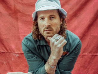 VIDEO PREMIERE: EJ Worland - Over The Pond
