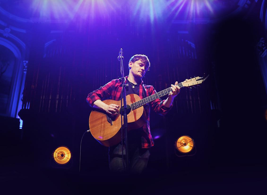 RYAN MCMULLAN announces Christmas livestream from Ulster Hall, Belfast on Sunday 27th December 1