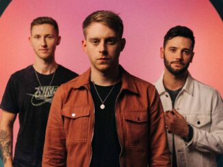 FLAWES share video for new single 'What's A Boy To Do' - Watch Now!