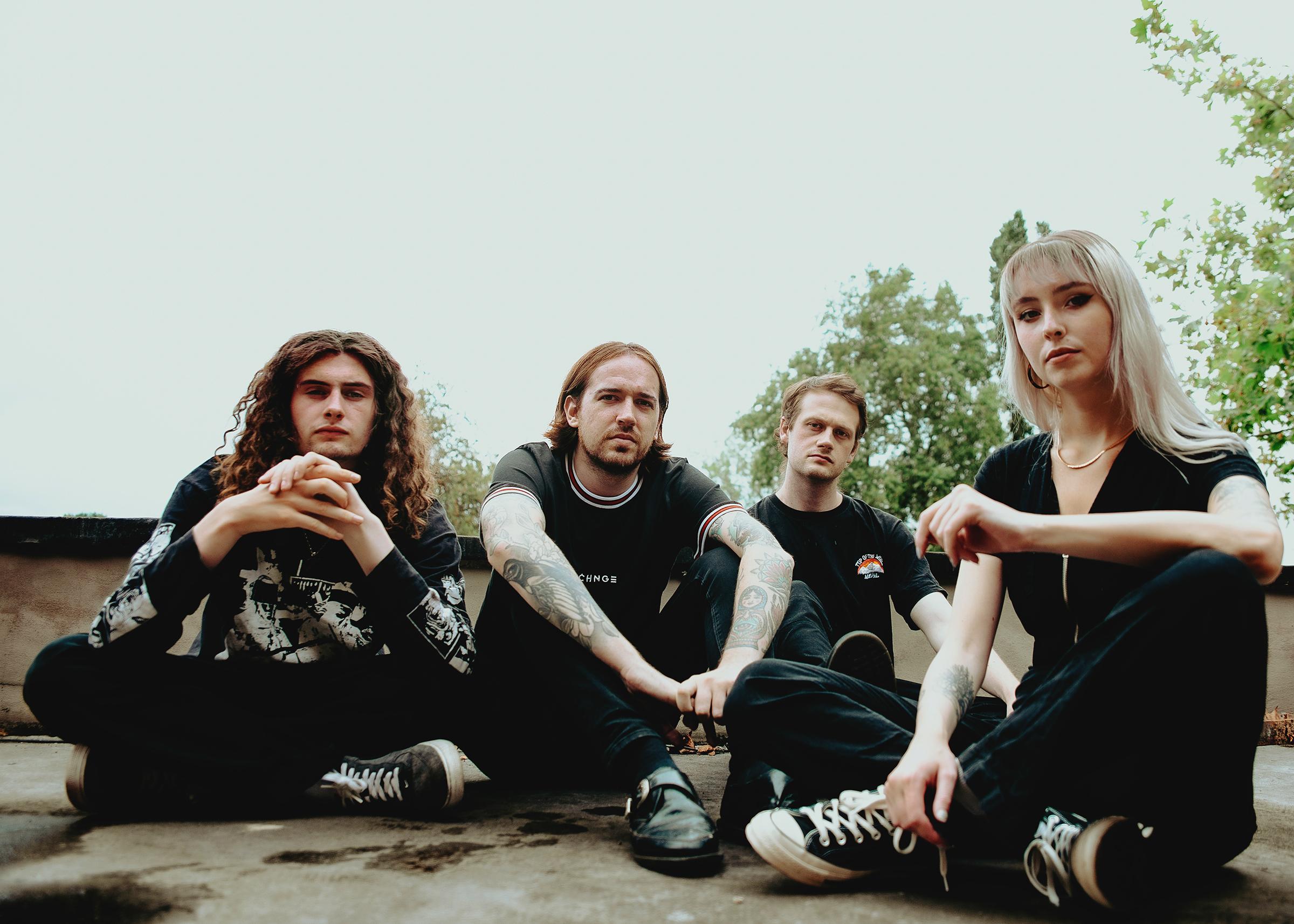 BLEACH LAB Announce debut EP 'A Calm Sense of Surrounding' - Hear lead single 'Old Ways'