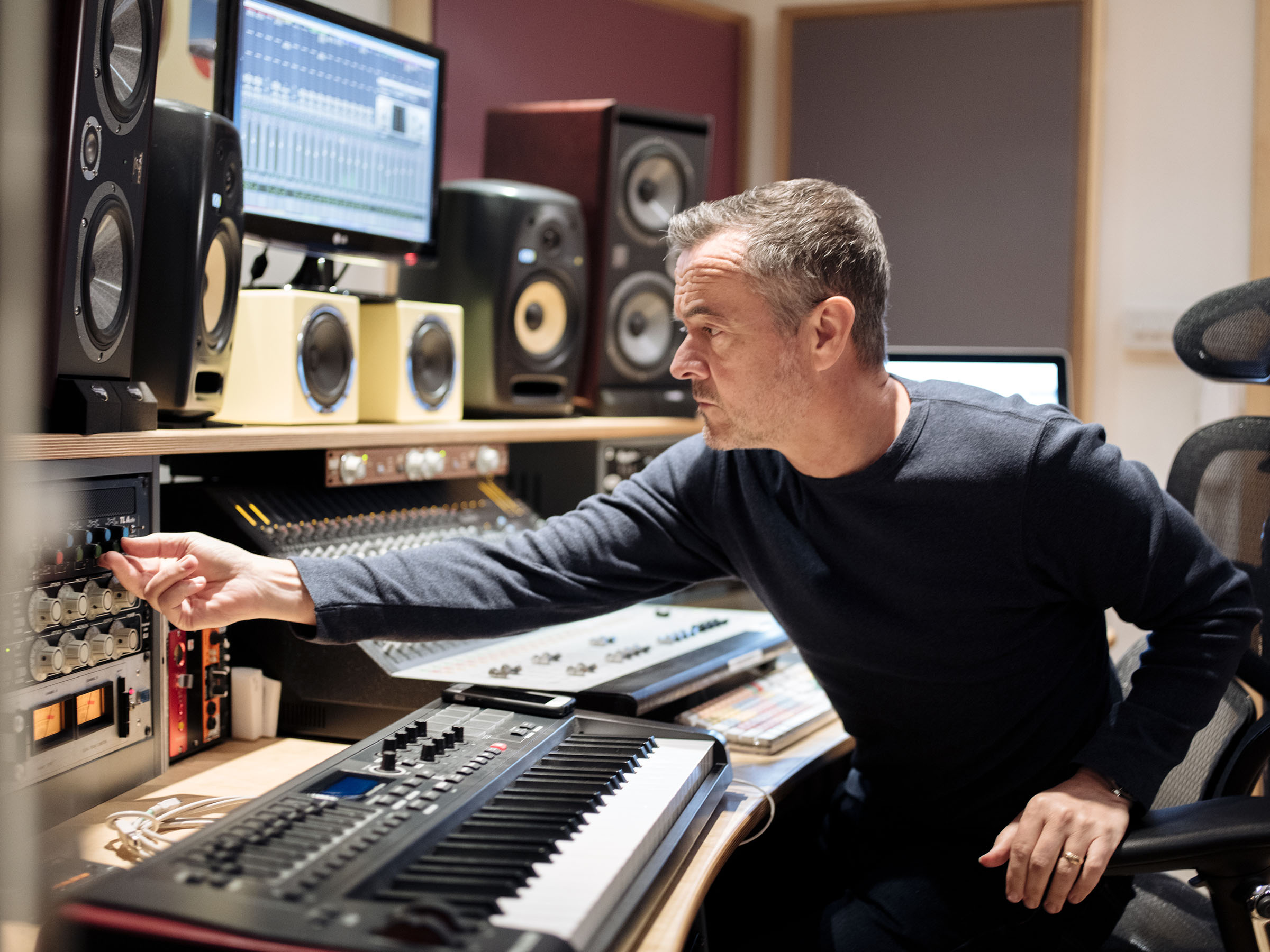 INTERVIEW: Stephen Street on working with The Smiths, Blur & Joining Bradford 2