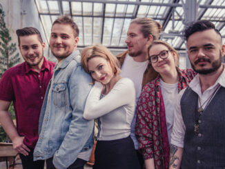 TRACK PREMIERE: CRIMSON PEAK release rootsy new pop-rock track 'Lies'
