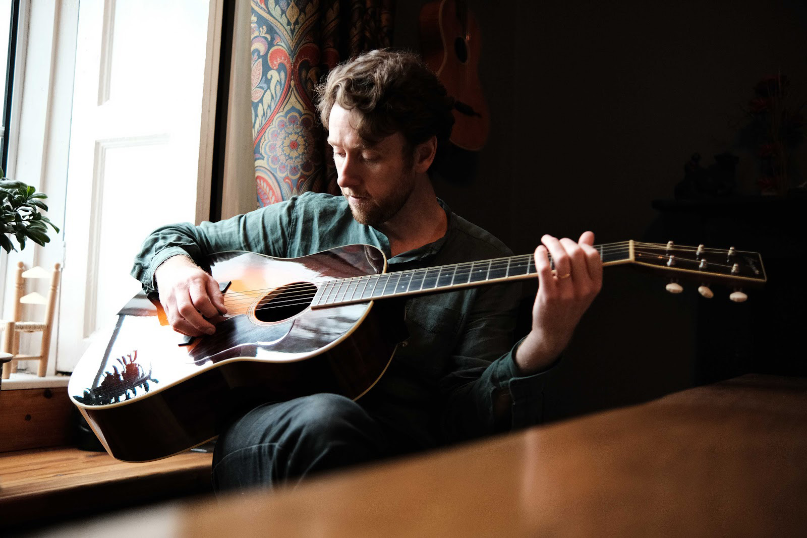 PETER DORAN releases new video for 'Nothing New Under The Sun'