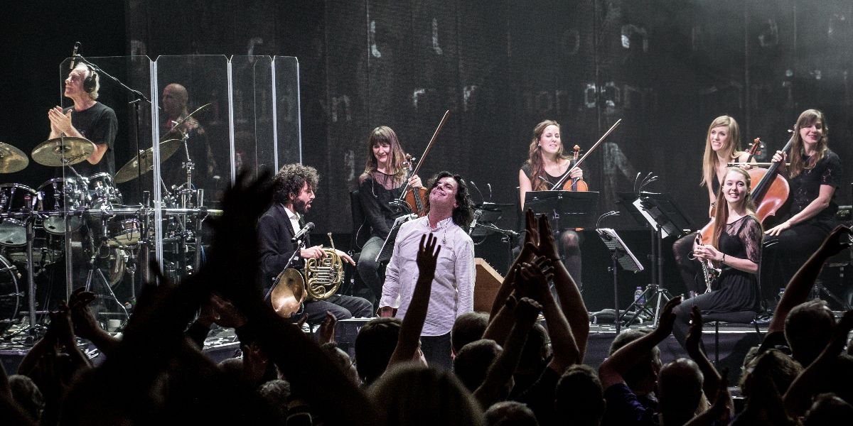 """MARILLION announce """"With Friends At St David's"""", a magical live album"""