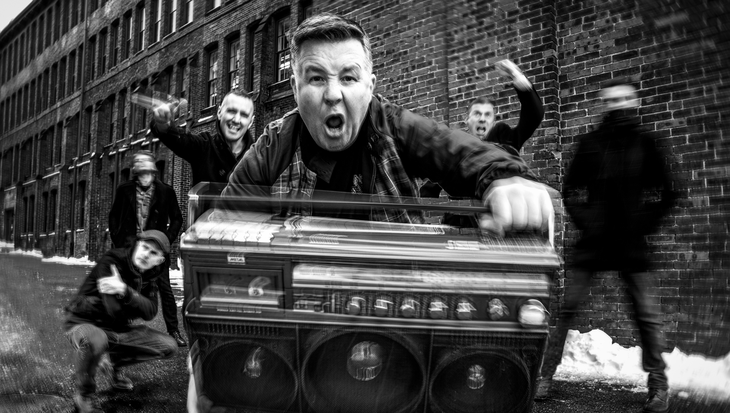 DROPKICK MURPHYS share video For 'Queen Of Suffolk County'