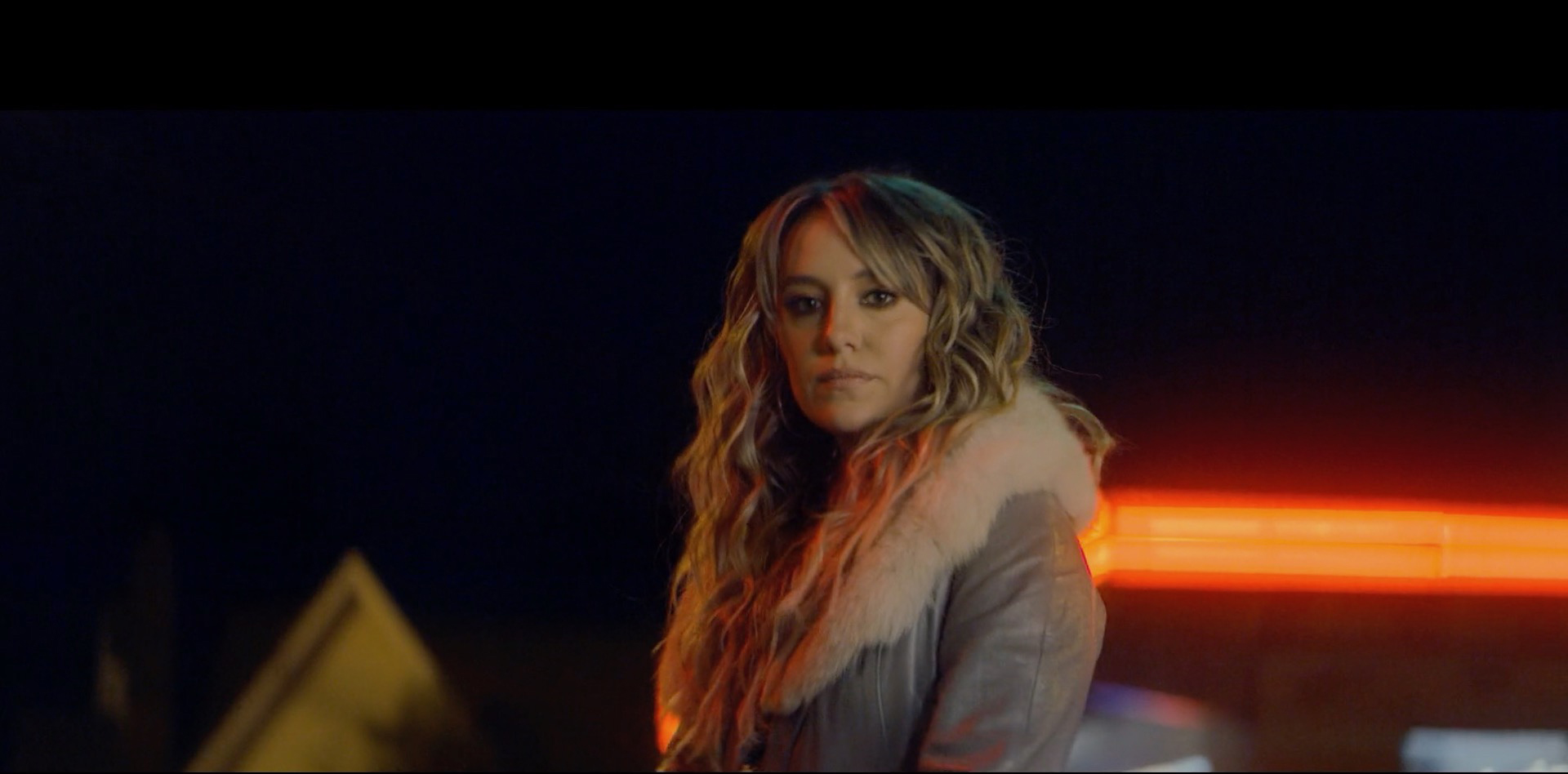 LAINEY WILSON shares the cinematic new video for 'Things A Man Oughta Know' - Watch Now!